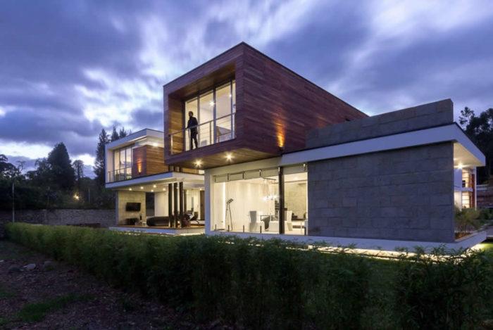 Magnificent Home In Cuenca, Ecuador By ModulARQ Arquitectura (2)
