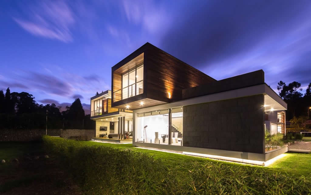 Magnificent Home In Cuenca, Ecuador By ModulARQ Arquitectura (1)