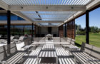 Modern Residence In Linderos, Chile By Cristian Hrdalo (17)