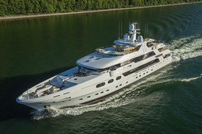 Sublime Silver Lining Superyacht By Christensen Shipyard (14)