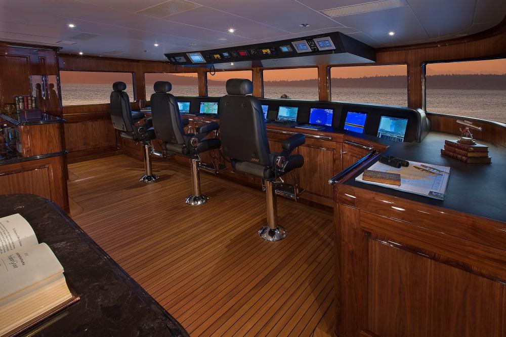 Sublime Silver Lining Superyacht By Christensen Shipyard (1)