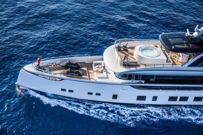 The Jetsetter Superyacht 11
