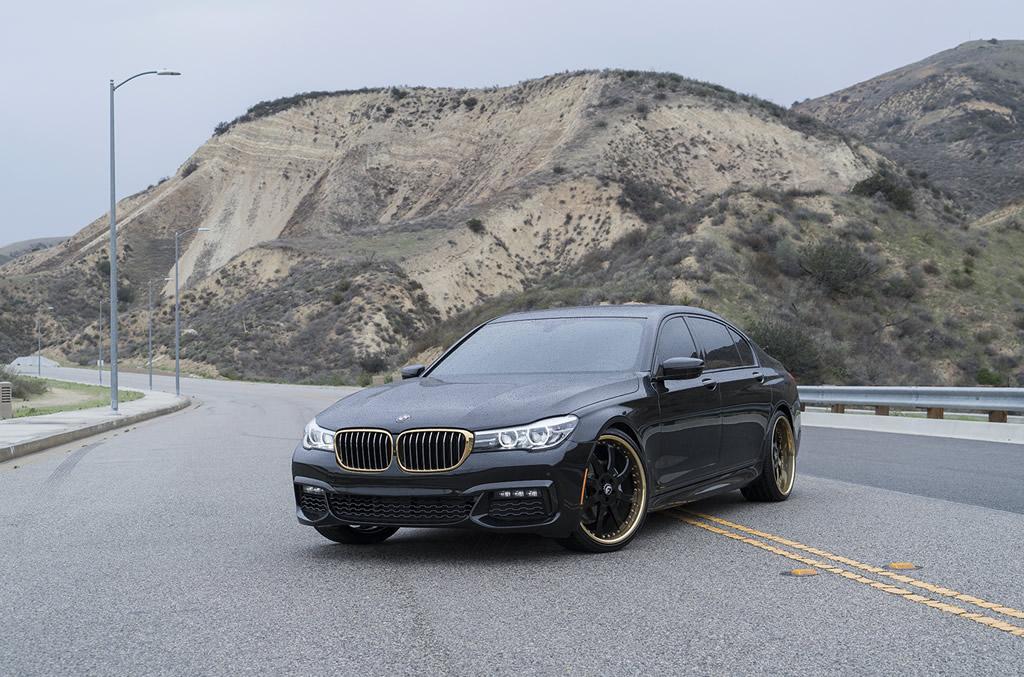 BMW 7-Series Boasts Eye-Catching Wheels 1