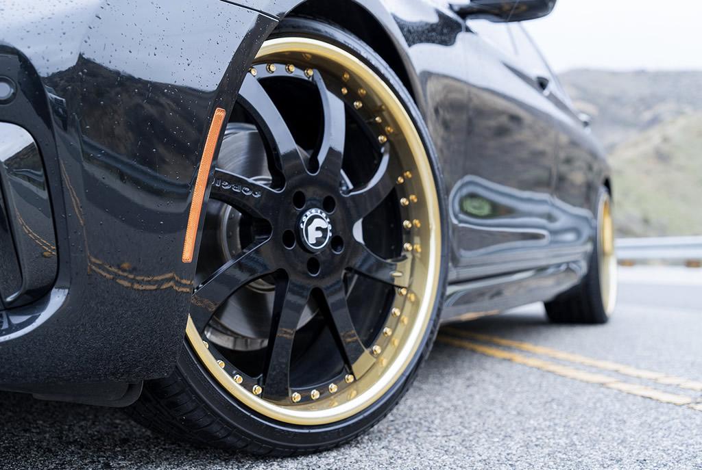 BMW 7-Series Boasts Eye-Catching Wheels 6