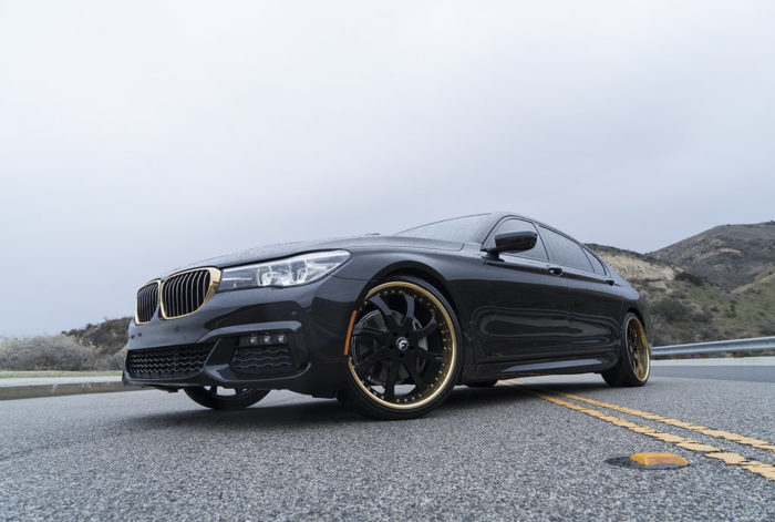 BMW 7-Series Boasts Eye-Catching Wheels 7