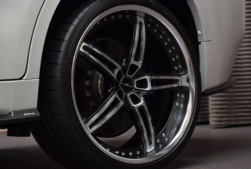 Gorgeous BMW X6M Showcased In Abu Dhabi (1)