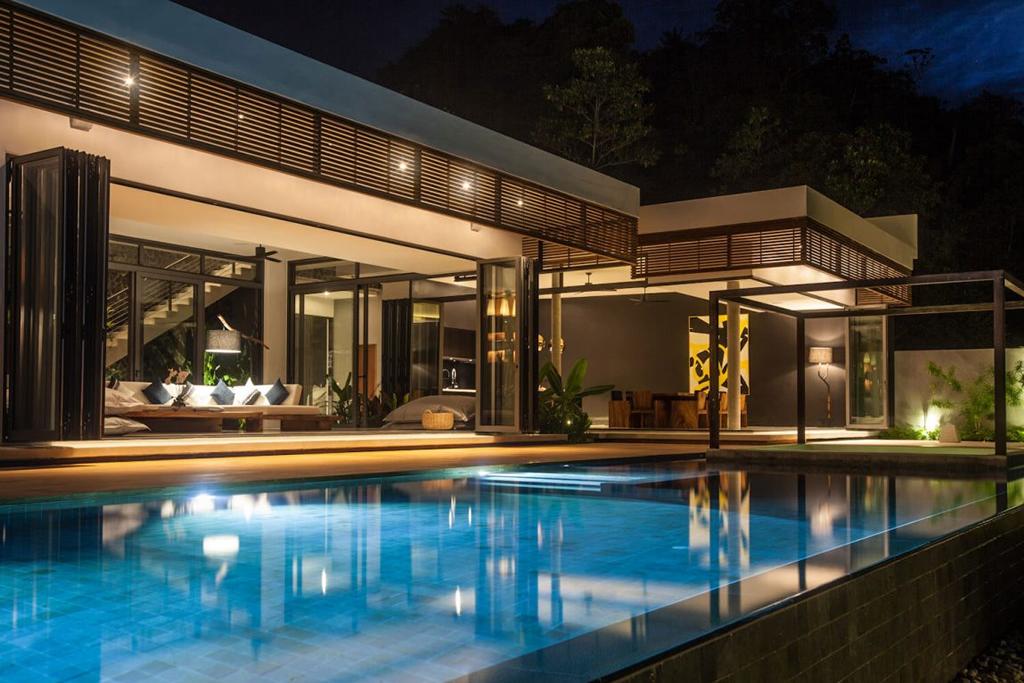 Malouna Villas Is A Luxe Resort Home In Thailand (1)