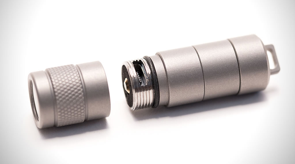 Practical Multitool By Refyne Includes A Pen And A Flashlight 4
