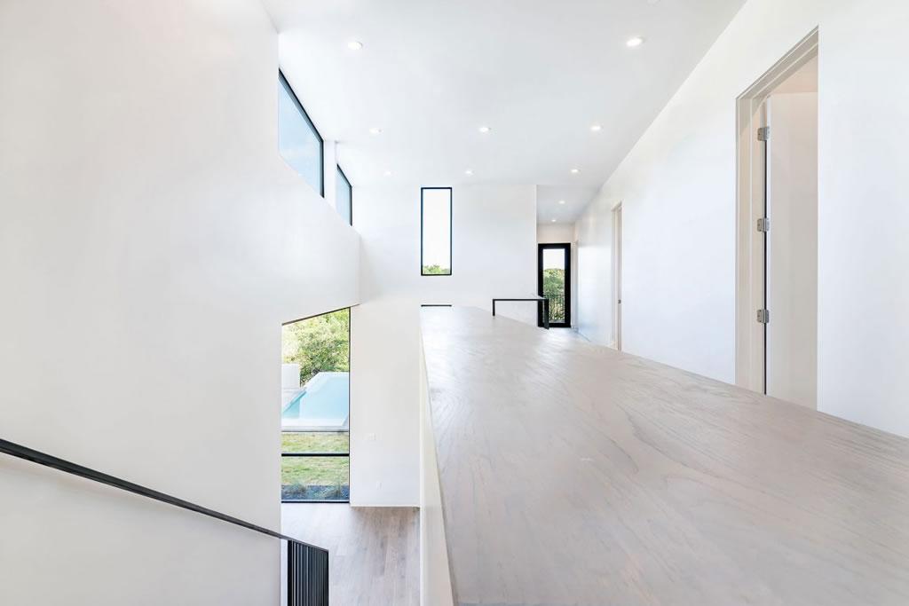 Splendid Home In Austin, Texas By Matt Fajkus Architecture 11