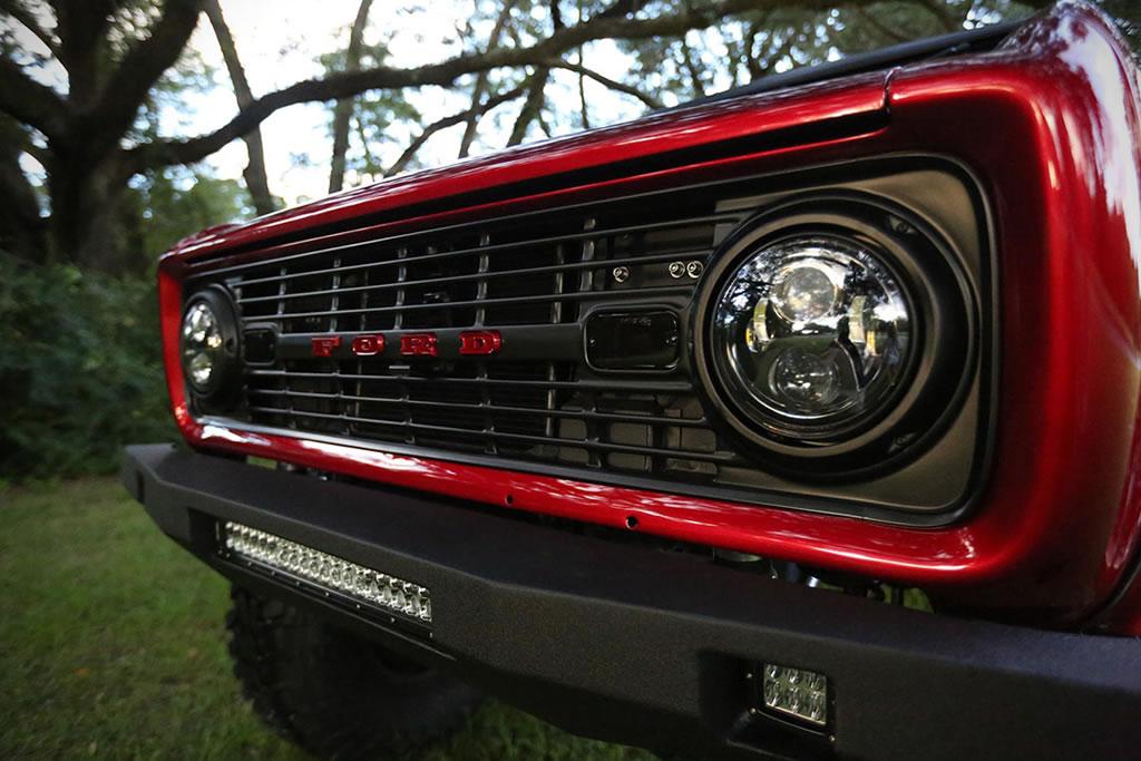 Velocity Restorations' Fantastic 1976 Ford Bronco 5