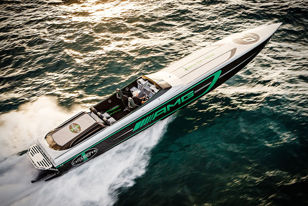 Awesome 2018 Mercedes-AMG Marauder Boat 1