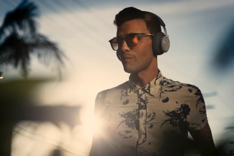 Chic B&O Play H4 Wireless Headphones (9)