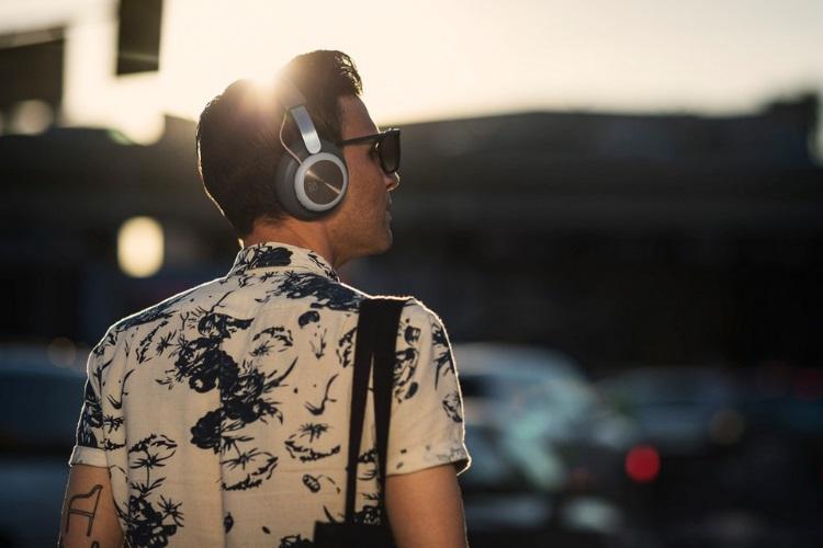 Chic B&O Play H4 Wireless Headphones (8)