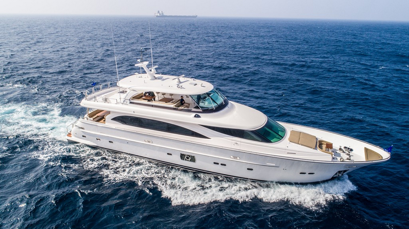 E98 Do It Now Superyacht By Horizon Yachts 1