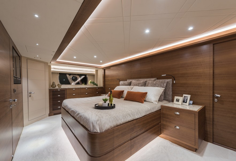 E98 Do It Now Superyacht By Horizon Yachts 11