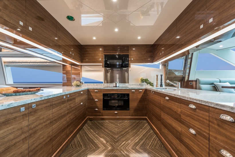 E98 Do It Now Superyacht By Horizon Yachts 9