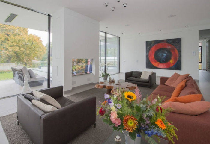 Modern Home In Weert, The Netherlands By Liag Architects 8