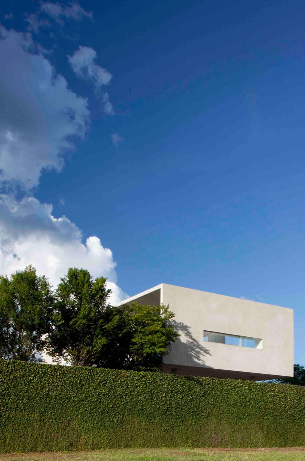 Exquisite Residence In Brasilia, Brazil 1