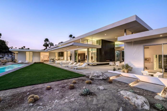 Gorgeous Home In Palm Springs By Cioffi Architect 17