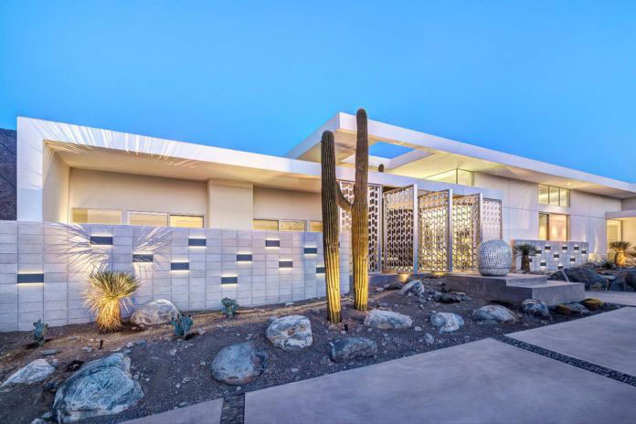 Gorgeous Home In Palm Springs By Cioffi Architect 18