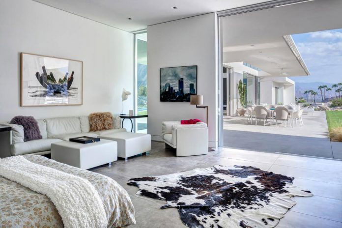 Gorgeous Home In Palm Springs By Cioffi Architect 8