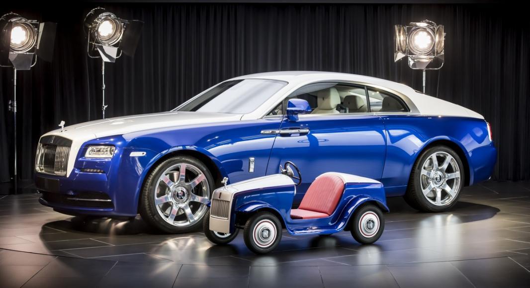Rolls Royce Makes A Special Car Kid Sized Car For A Hospital 2