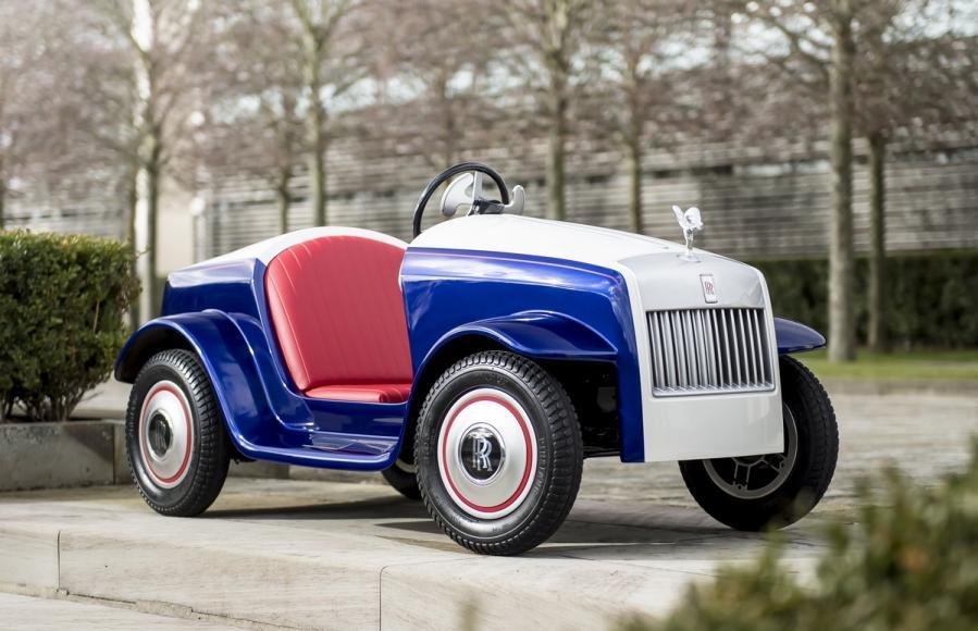 Rolls Royce Makes A Special Car Kid Sized Car For A Hospital 5
