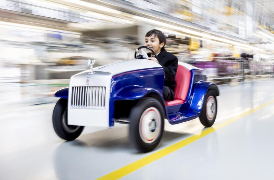 Rolls Royce Makes A Special Car Kid Sized Car For A Hospital 7