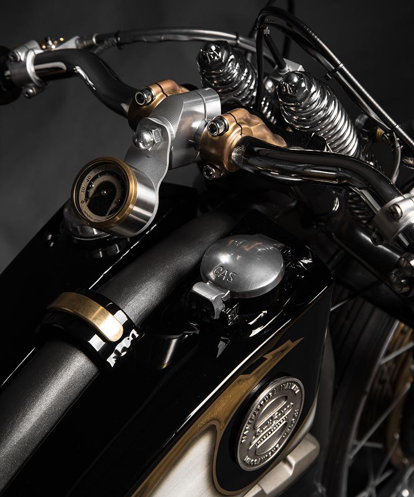 South Garage Harley Davidson Sportster 883 Opera 6