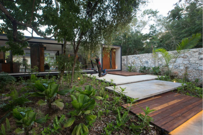 Modern Home In Mexico By FGO-Arquitectura 1