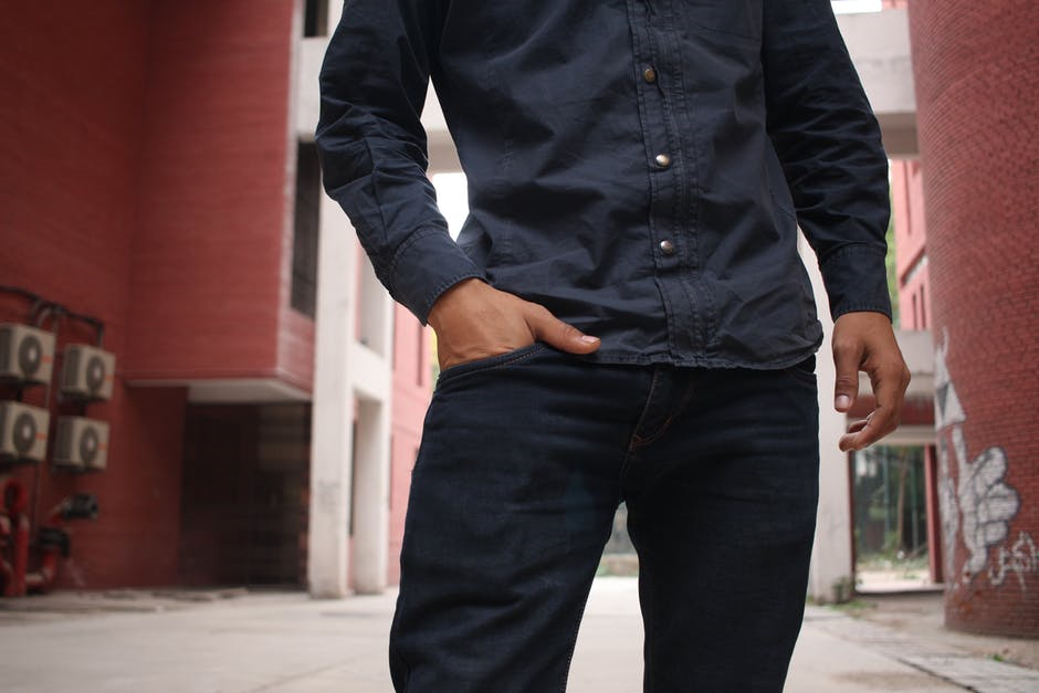 To Tuck or Not to Tuck: Men's Guide to Wearing a Dress Shirt with Jeans