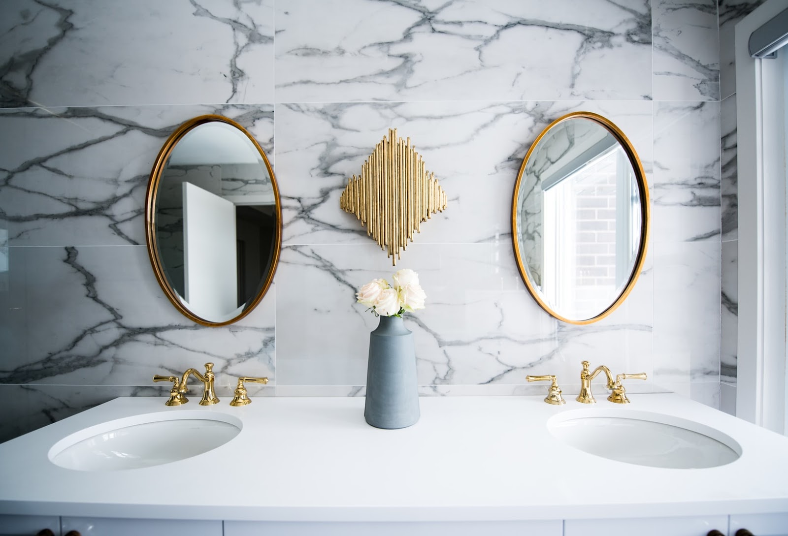 7 Budget Bathroom Ideas To Spruce Up Your Shower Space