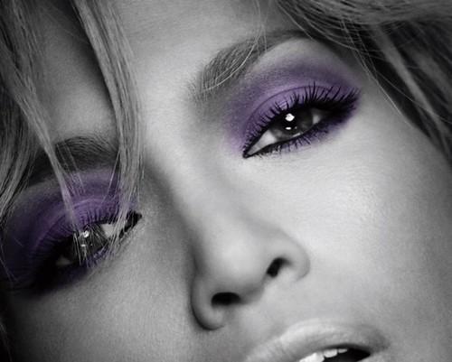 How to Get Those Jennifer Lopez Lashes