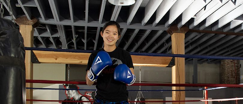 With the help of a custom leg, Daisy is training to compete in mixed martial arts.