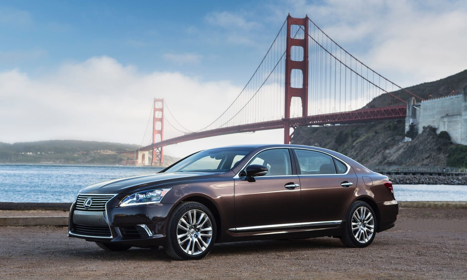 2016 Lexus LS Luxury Flagship Beckons with Indulgent Features, Polished Style, and Smooth Acceleration