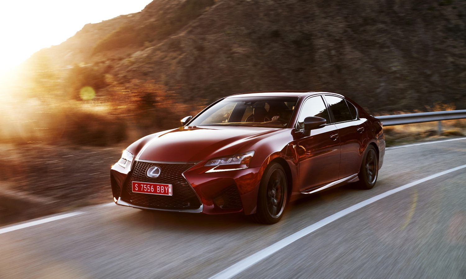 2016 Lexus GS F Performance Sedan Offers a Dynamic Ride, Luxurious Comfort for Five