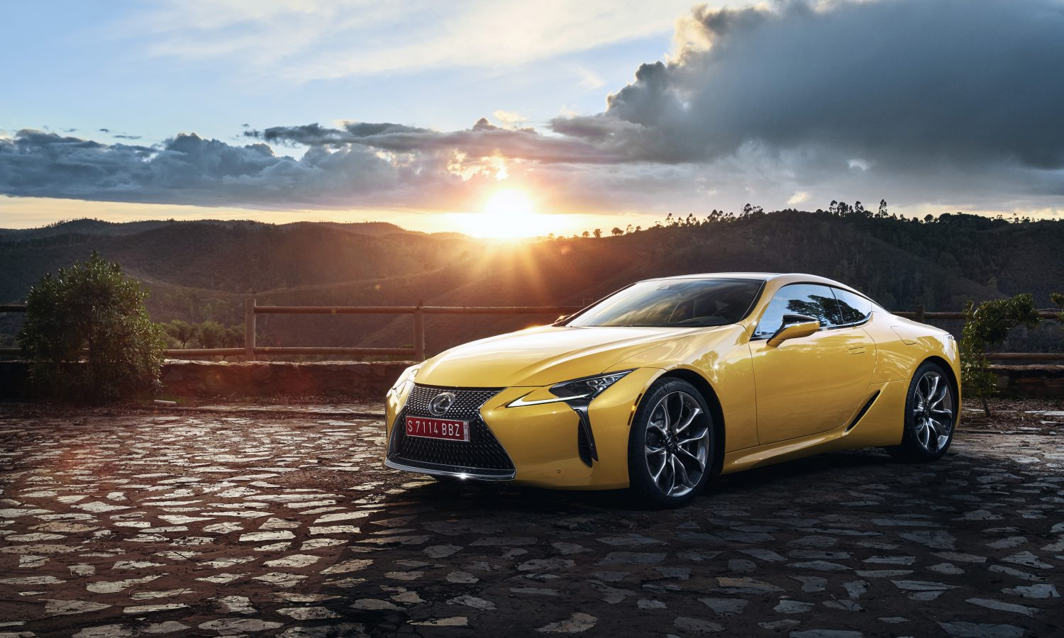 Lexus Announces Pricing for All-New 2018 LC Performance Coupe