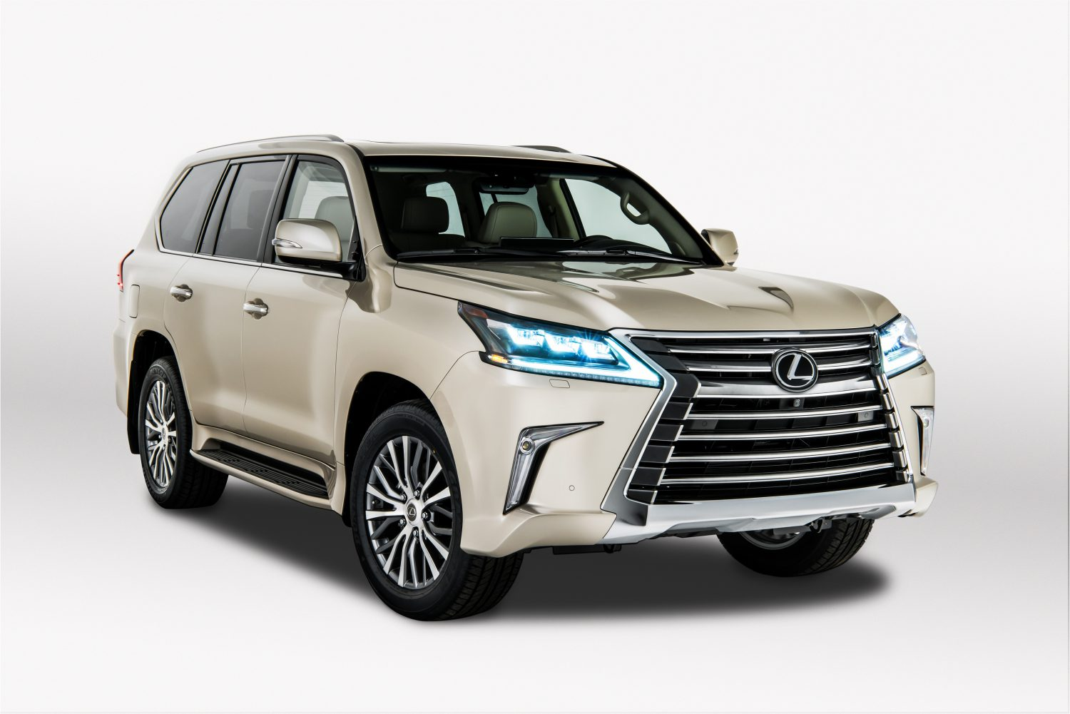 2018 Lexus LX 570: Possible Redesign, Changes, Price >> Adventurers Get More Cargo Space With Lexus New Two Row