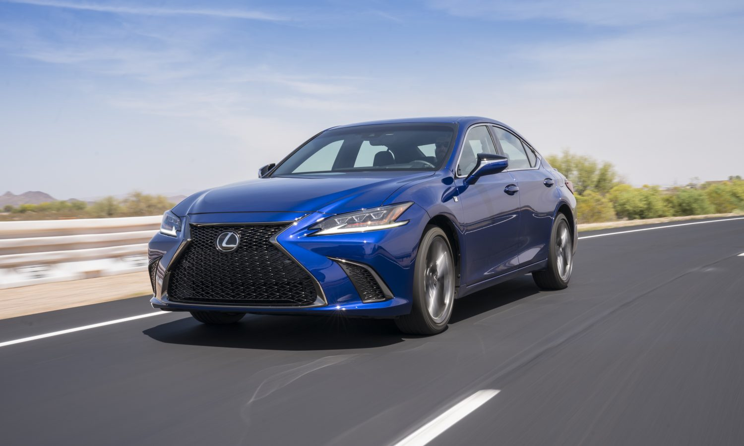 2020 ES Builds Upon Seventh-Generation Redesign
