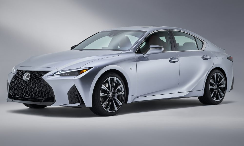 2021 LEXUS IS: Agility and Athleticism Expand Pure Driving Performance