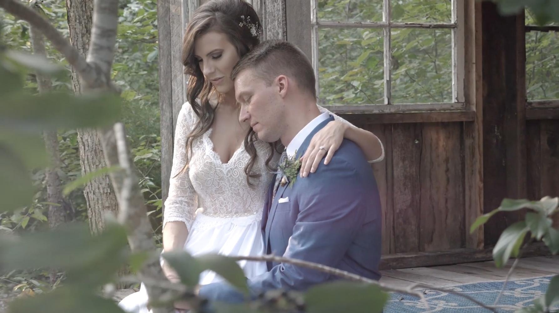 Spencer + Amanda | Murfreesboro, Tennessee | The Wren's Nest