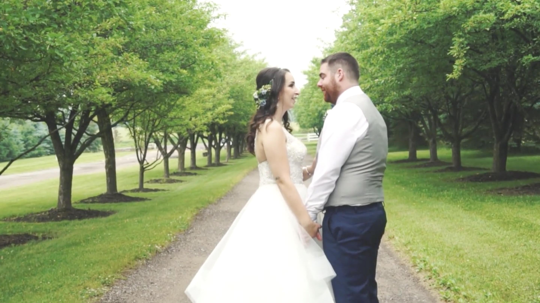Allysa + Shawn | Hamilton, Canada | Belcroft Estates