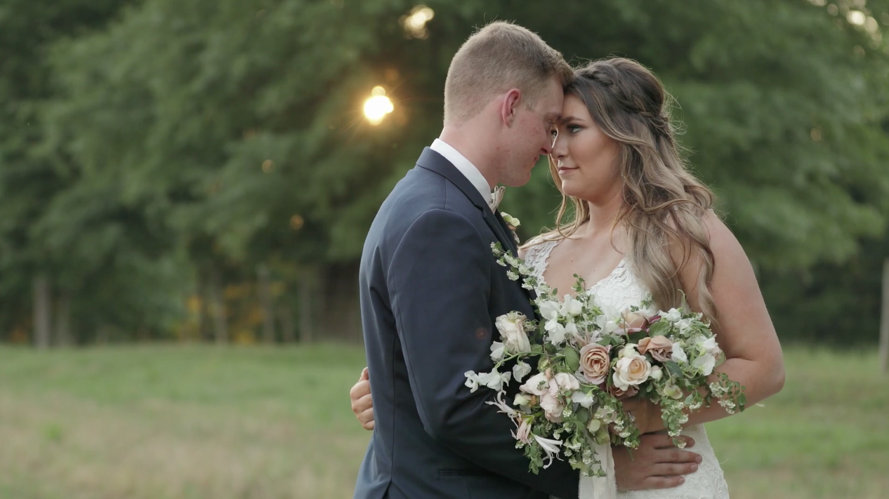 This Bride Planned The Prettiest Rustic Wedding Day While Her Fiancé Was Deployed