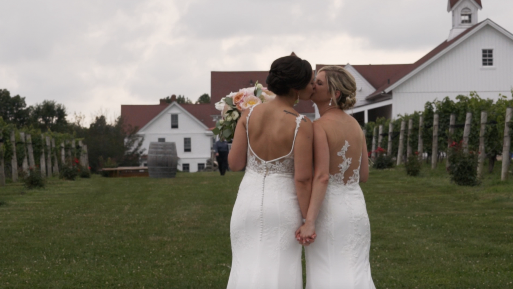 Bridget + Lauren  | North Stonington, Connecticut | Jonathan Edwards Winery