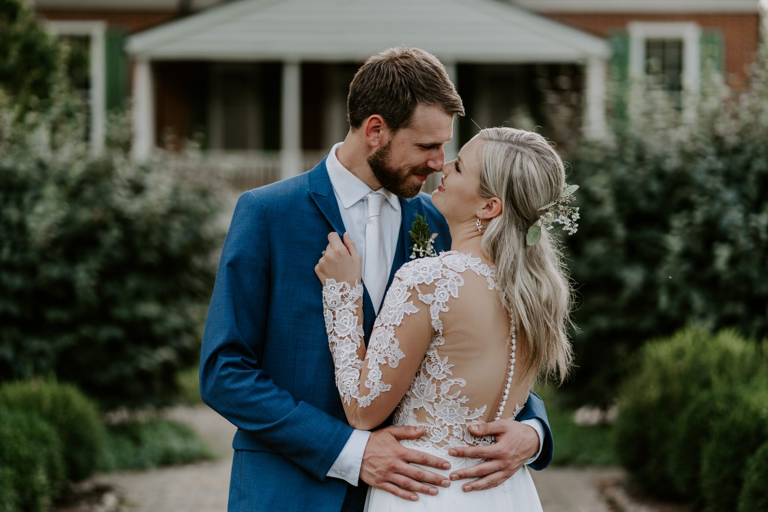Megan + Konrad | Louisville, Kentucky | Farmington Historic Home