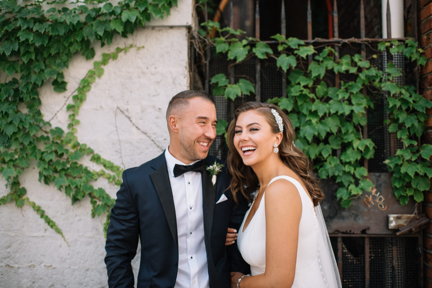 Instagram Influencer Caralyn Mirand's 1920s-Inspired Wedding Will Make You Raise a Glass