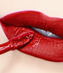 coal tar dyes in lipstick