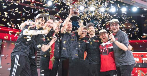 Maryville's national champion esports team celebrates a win