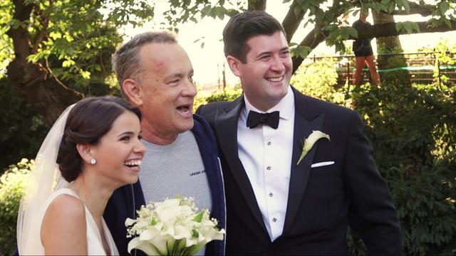 Tom_Hanks_Crashes_Wedding_Shoot_0_6194264_ver1.0_640_360