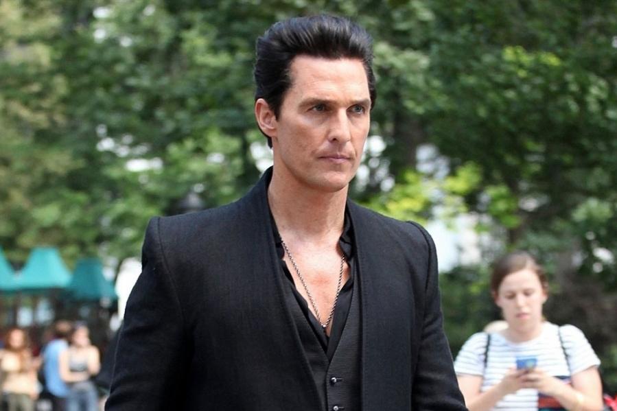 Matthew-McConaughey-dans-La-Tour-Sombre
